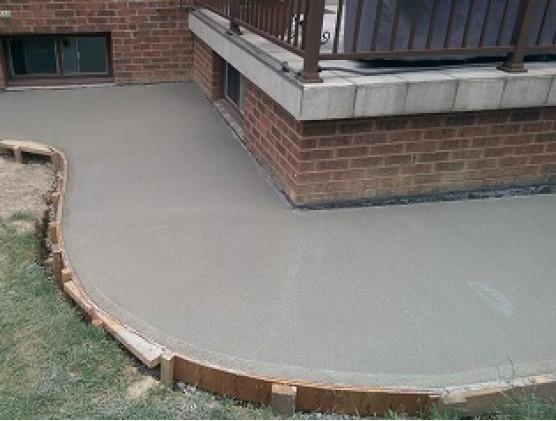 Как построить отмостку из бетона?